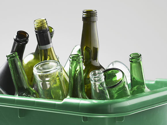 Glass containers sustainability through the years