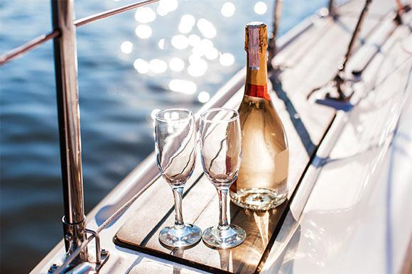 Supply Champagne Bottles Wholesale For Packaging Liquor