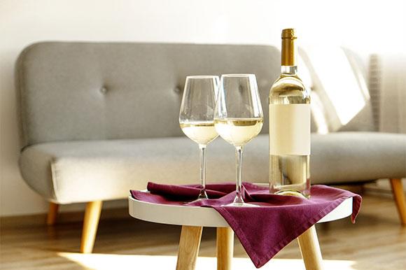 Supply Glass Bottles for Wine Storage
